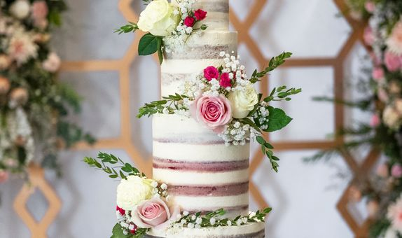 Lareia Cake & Co - Wedding Cake 4 Tier A