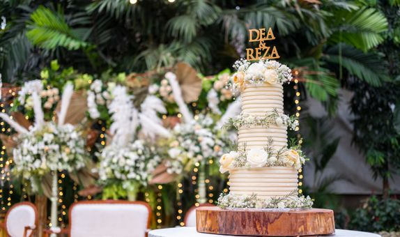 Lareia Cake & Co - Wedding Cake 3 Tier C