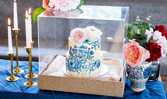 Lareia Cake & Co - Engagement Cake 1 Tier (18x18)