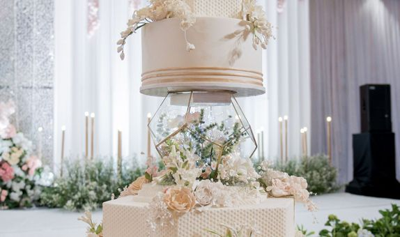 Wedding Cake - CL-106