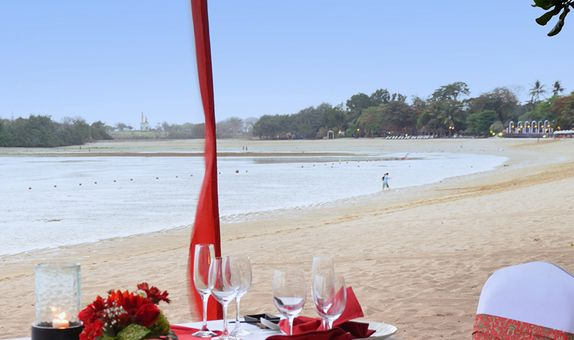 Romantic dinner with 6 courses set menu and a sparkling wine
