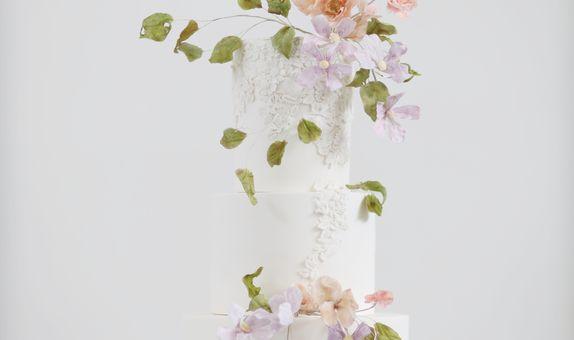 Wedding Cake - 3 tiers Spring