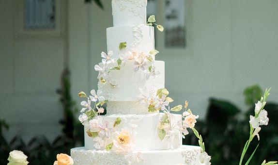 Wedding Cake - 5 tiers Spring