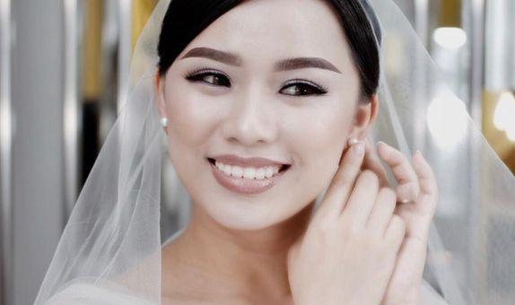 Nana Liu Beaute Lounge - Makeup untuk Bride (Whole Day)
