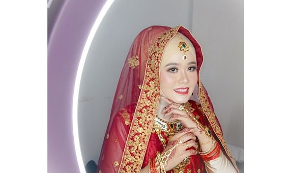 Almira WO - Paket Makeup Busana Pengantin