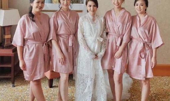 Upper East Bridesmaid - Luxury Bridesmaid Robe
