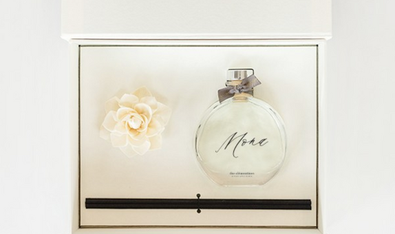 Kara Giftset with Personalized Bottle