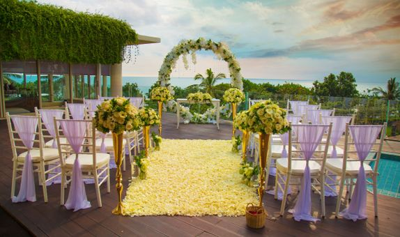 Sheraton Bali Kuta Resort - Elegant Garden Wedding