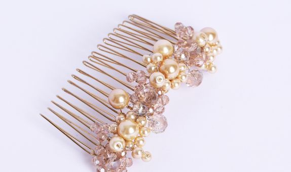 Belle haircomb