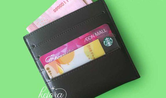 Dompet Kartu 4 Selipan