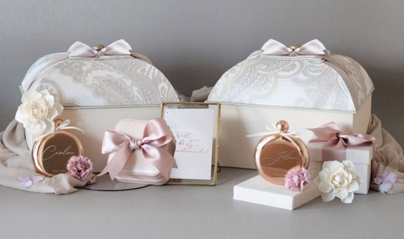 Mansard Bridesmaid Gift Box
