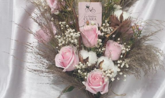 Rustic Hand Bouquet