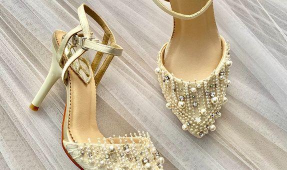 Raeven White Wedding Shoes Women Stiletto Heels 9cm