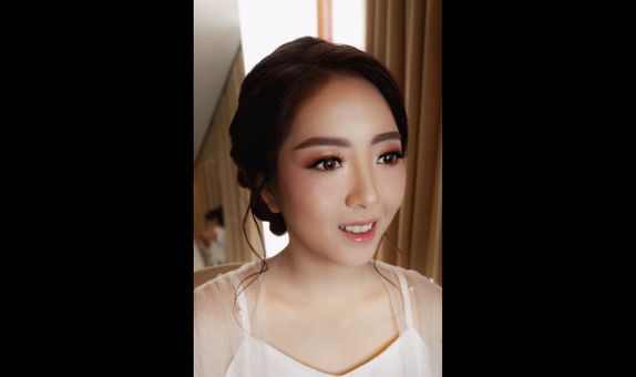 WEDDING MAKEUP FOR BRIDE PLUS RETOUCH
