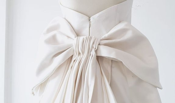 Royal White Bow
