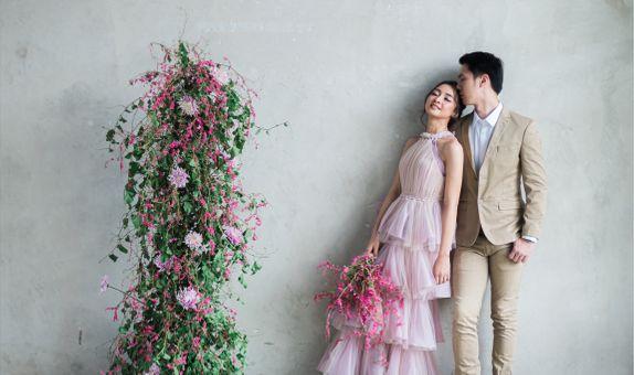 CUSTOM RENT PRE-WEDDING DRESSS