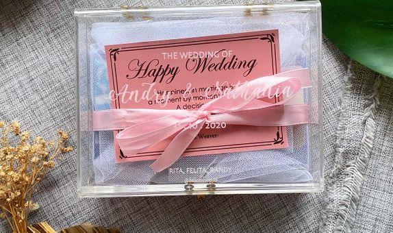 Engraved Acrylic Gift Box