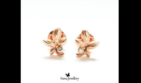 Diamond Earring Leaf