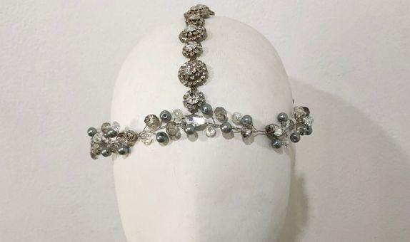 Madison Pearl Headpiece