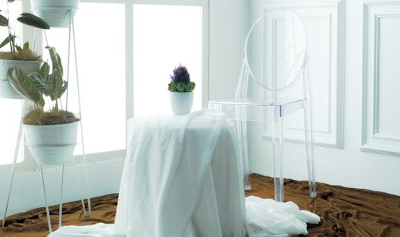 Ghost Chairs - Clear