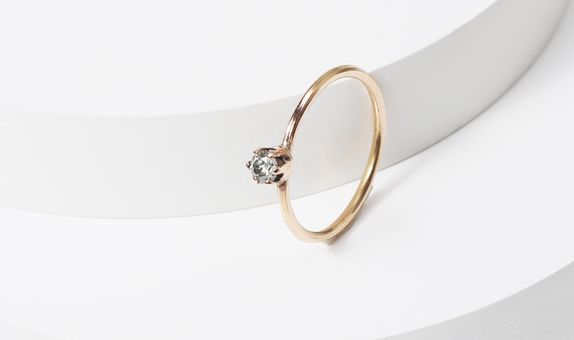 surosmith solitaire dainty engagement ring