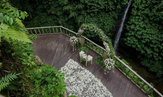 The Kayon Resort Ubud Wedding Package