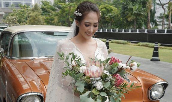ONE LOOK WEDDING DRESS