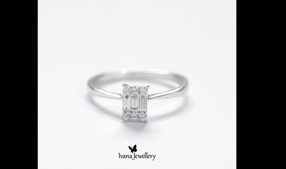 Diamond Ring Baguette White gold
