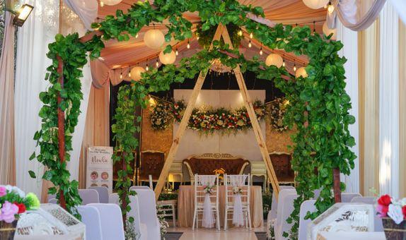Emerald Decoration Package - (Tenda-Dekorasi VIP-Photo-MakeUp)
