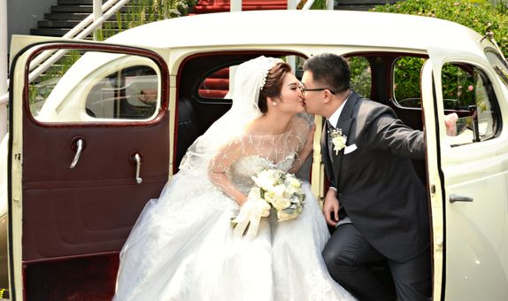 The Photo Wedding Party and Wedding Day (Gold Packages)
