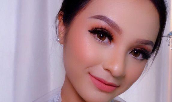 makeup hair do sister of bride,bridesmaids