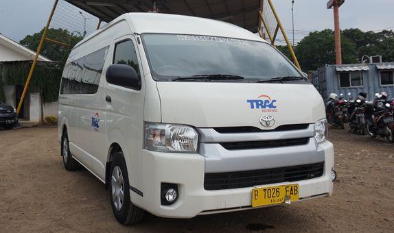 Sewa Bus Minivan Hiace Paket 12 Jam
