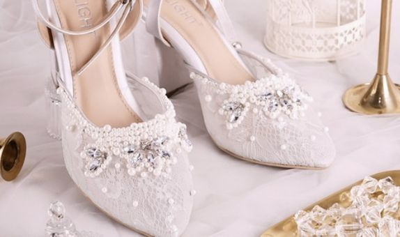 Sepatu Sandal Ankle Strap Adeline Silver