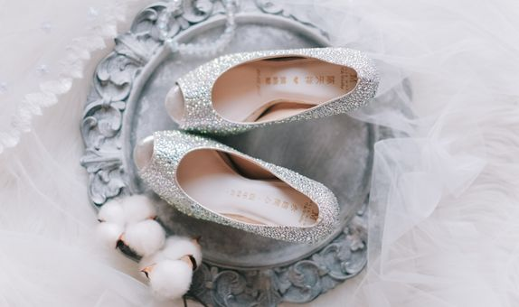 Incredible crystals - Jolie Moda wedding shoes