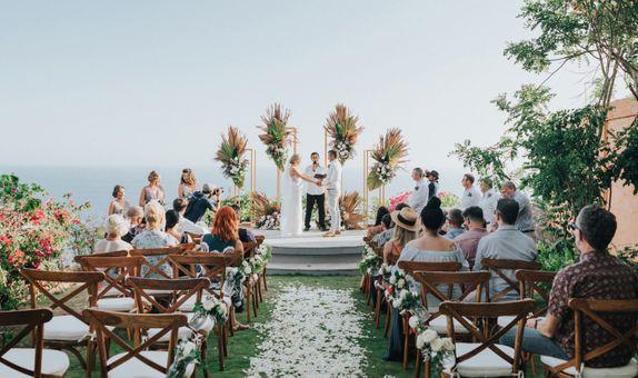 Wonderland Uluwatu Bali Wedding Package Up To 70 Pax