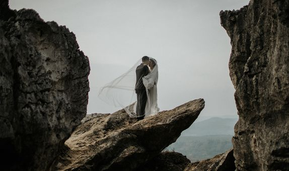 2 Days Prewedding (Photo & Video)