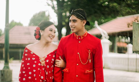 Jogjakarta - Photo + Video + MUA Prewedding Package by Photolagi.id