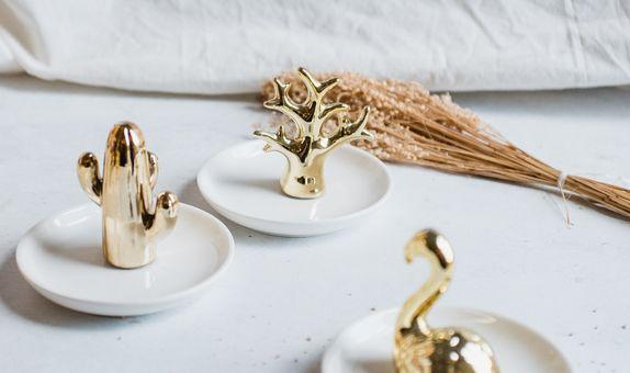 Gold Jewellery Plate