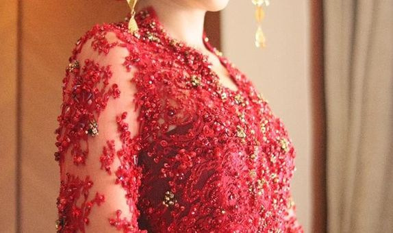 Kebaya Wedding Reception / Adat