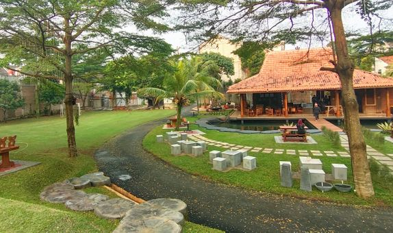 Wedding outdoor - venue only