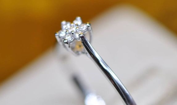 Cincin Berlian Jasmine Flower Egc13565