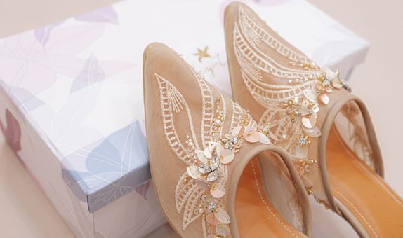 WEDDING SHOES/BRIDE SHOES/SEPATU WEDDING BY REMIZY IVONNY