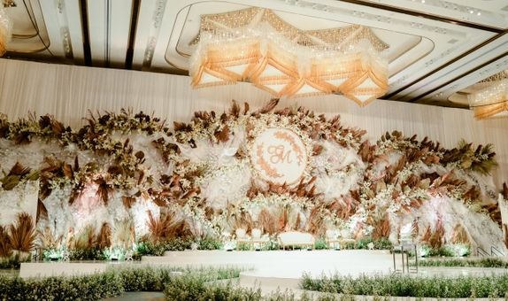 2 Section Ballroom Wedding Package 2021 (September - December)