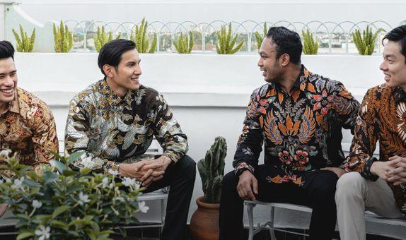 Batik Tulis Sutra Prada