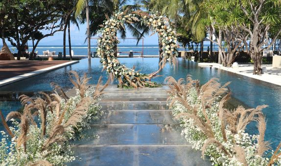 Ceremony & Dinner Wedding Package For 22 pax Rp 9.000.000