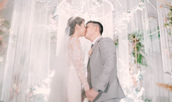 Intimate Wedding Photo and Video