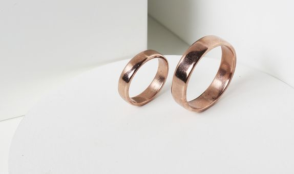 Surosmith cincin rosegold kadar 75% 18 k rosegold wedding ring