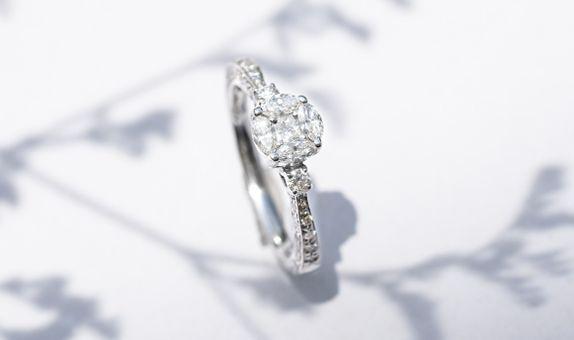 CLEMENTINE DIAMOND RING