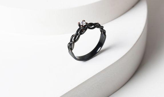 Surosmith Black Braided Ring Glossy - Silver