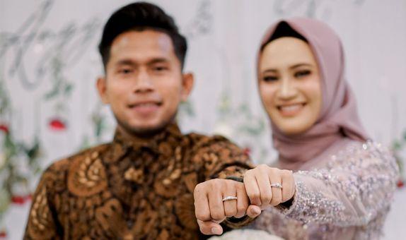 engagement 2 adik firmansyah & anggun